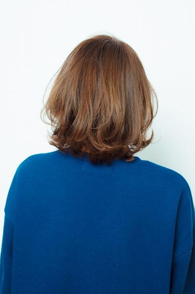 新百合ヶ丘 ミディアムヘアスタイル